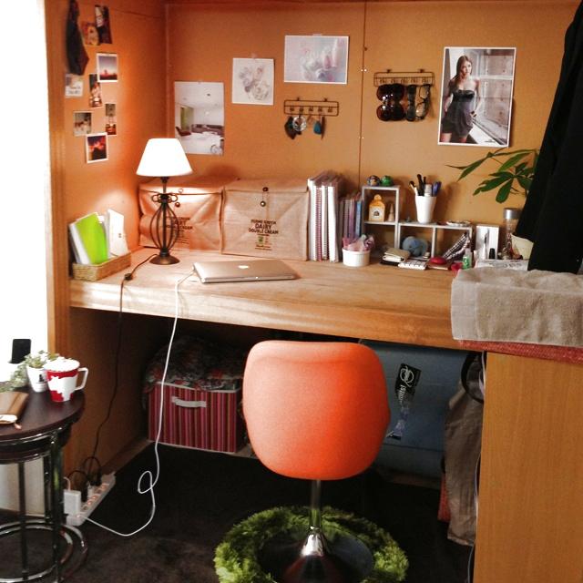 desk-3